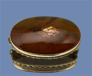 Antique 10k Gold Agate Pin