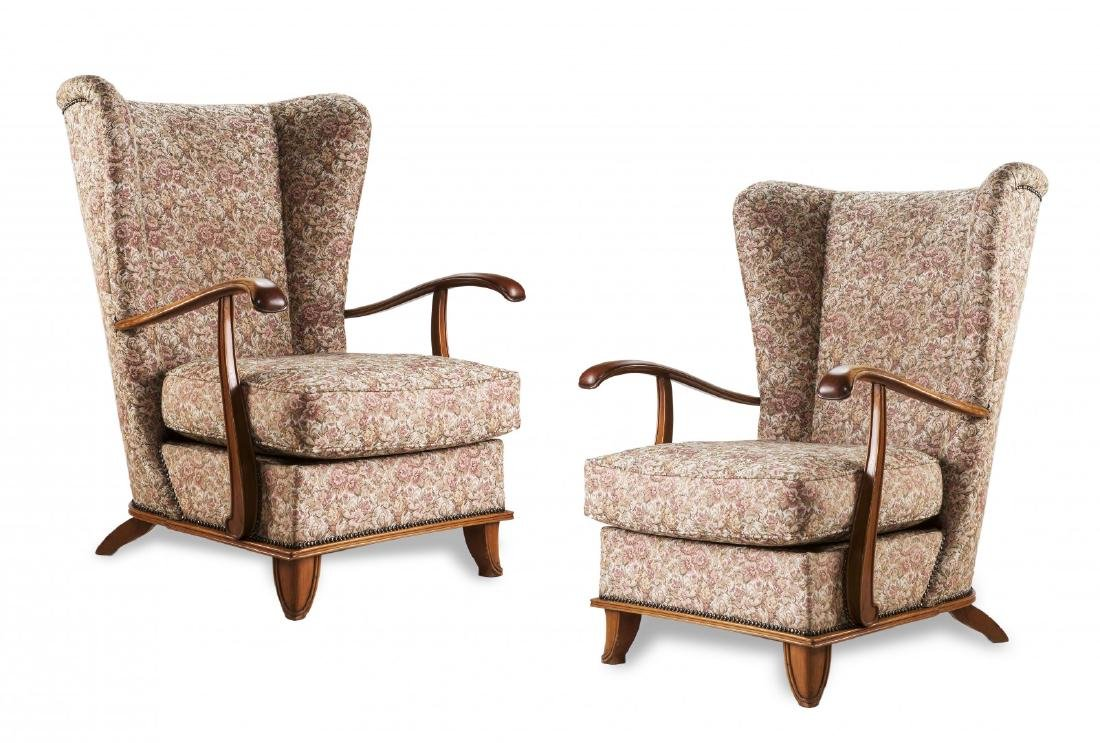 VALABREGA (ATTRIBUITO) TWO ARMCHAIRS, ITALY 1940S