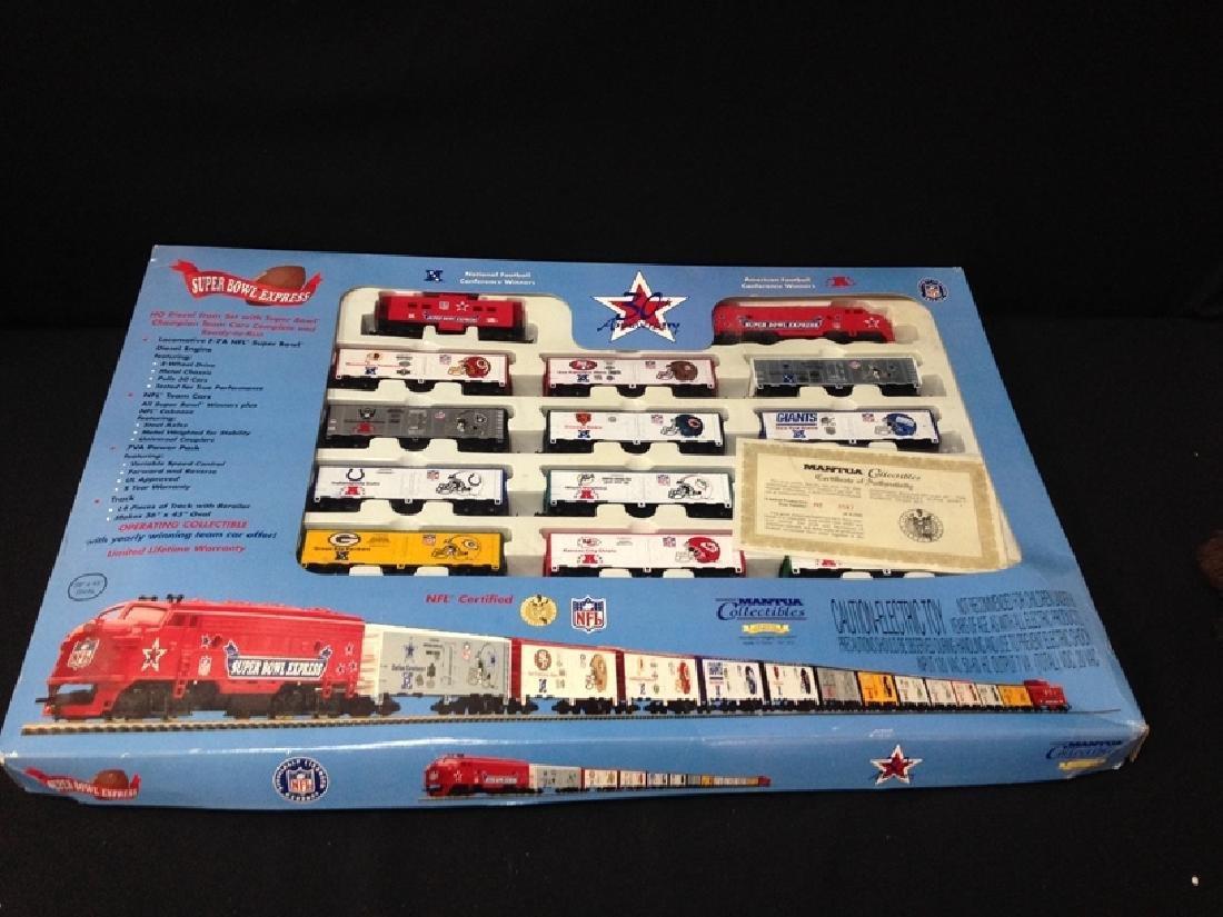 Super Bowl Express HO Train 30th Anniversary