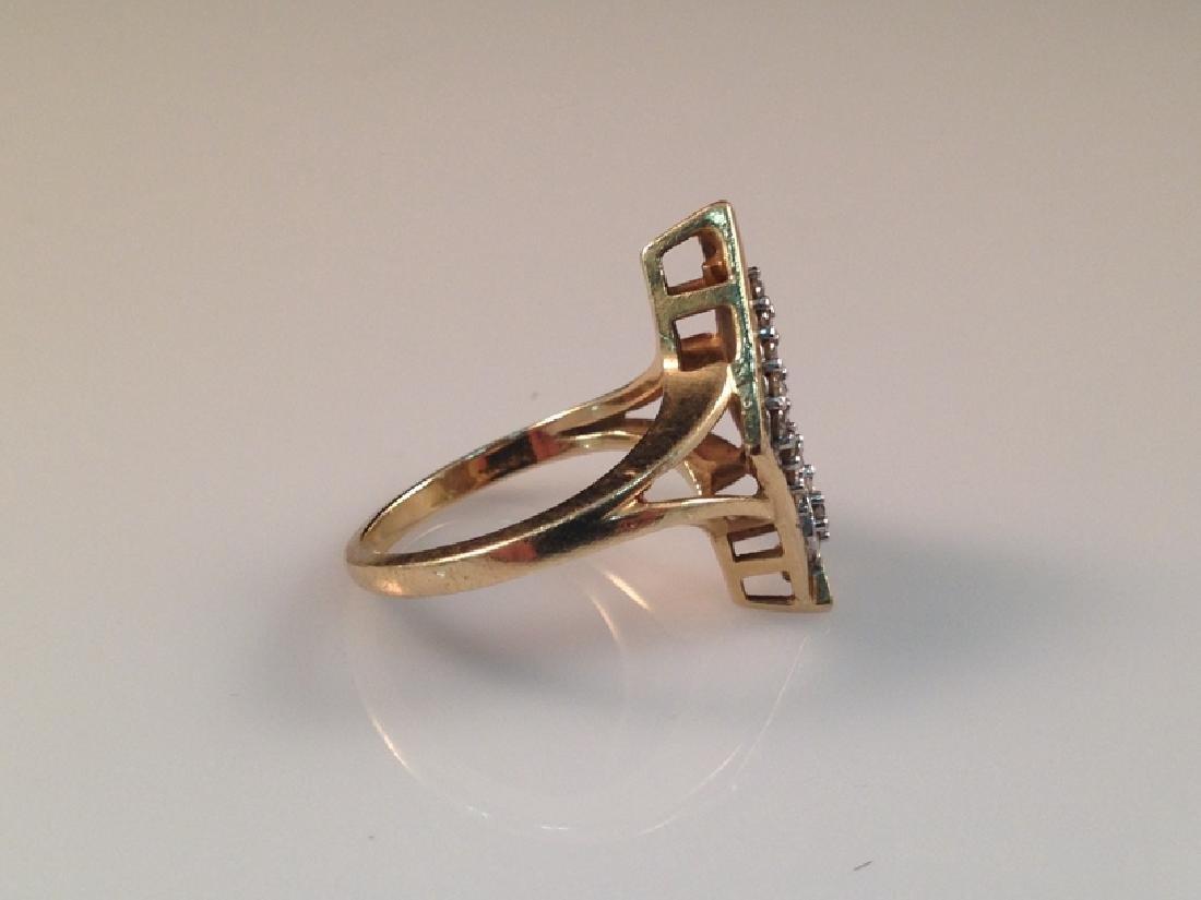 Vintage 14K YG Ring w/Diamond Accents. - 2