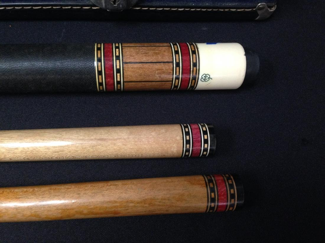 Vintage McDermott Pool Cue in Case. - 4