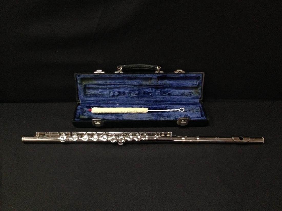 Vintage Gemeinhart Elkhart M2 Flute with Case. - 2