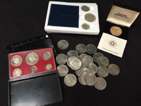 Odd lot of Bicentennial Coins/Sets