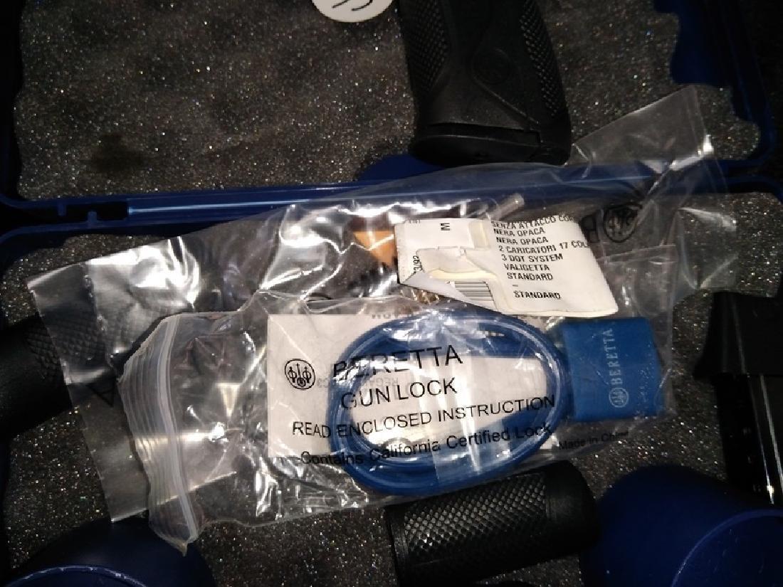 Beretta Px4 Storm 9mm New in Box. - 8