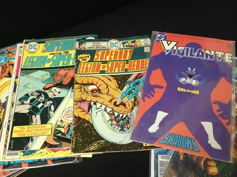 Lot (15) Vintage Comic Books Marvel & DC. - 3
