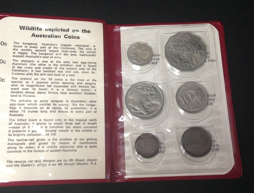 Lot (5) British Coin Sets...See Description. - 10