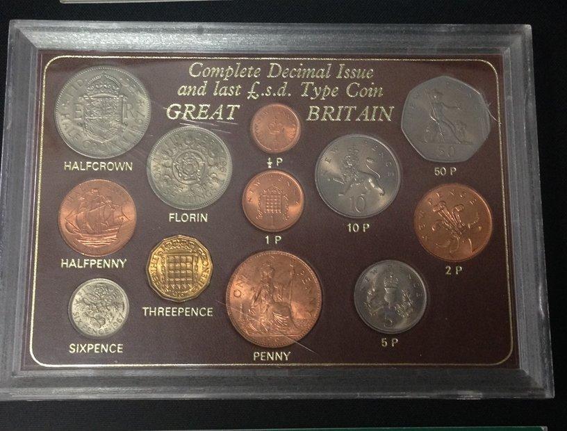 Lot (5) British Coin Sets...See Description. - 2