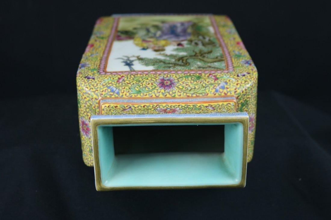 Chinese Polychrome Enamel Porcelain Vase - 5