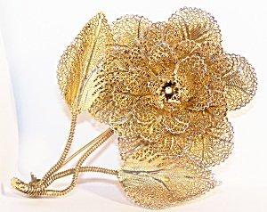 365290: Vintage Vermiel Filigree Flower Brooch or Pin,