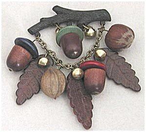 365300: Vintage Wooden Acorn Pin