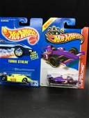 Set of two Hot Wheels Indy old and new