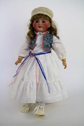 ANTIQUE FRENCH BISQUE DOLL