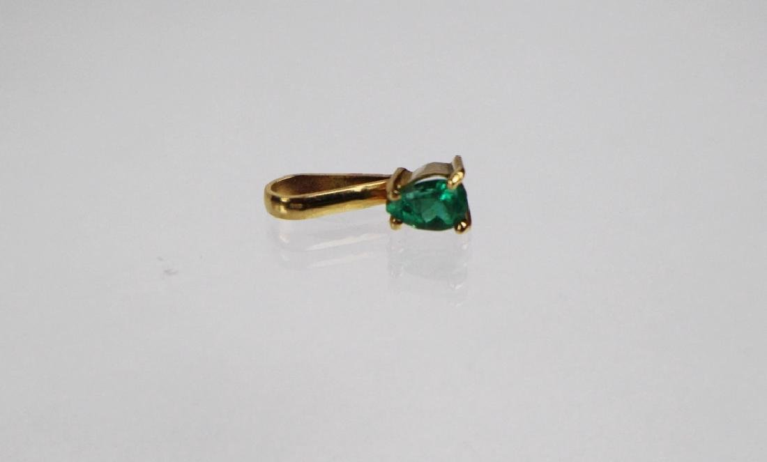 EMERALD AND GOLD PENDANT