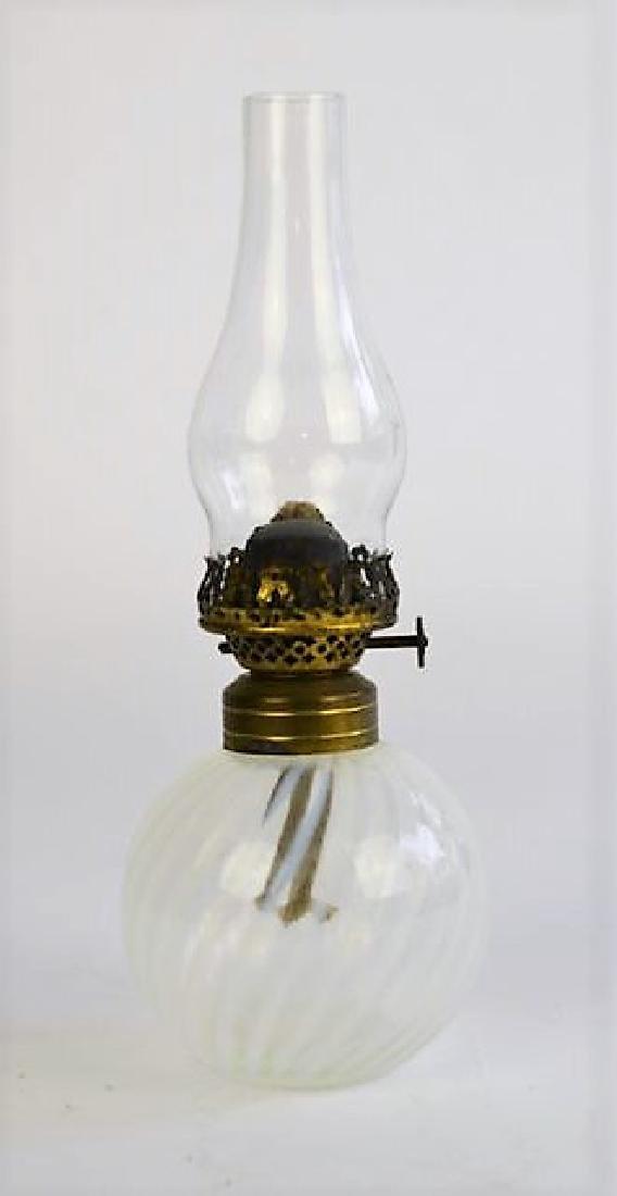 MINIATURE OPALESCENT SWIRL OIL LAMP