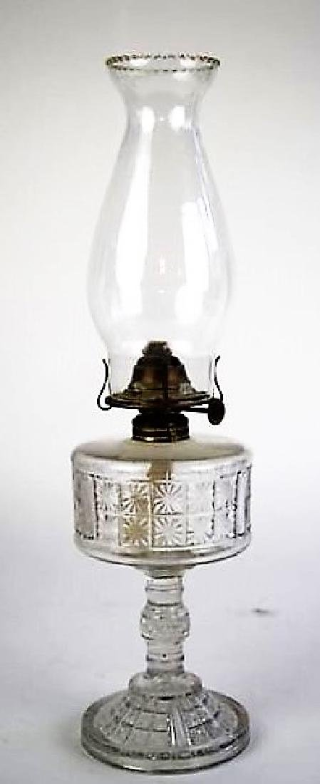 TWO PANEL PATTERN OIL LAMP