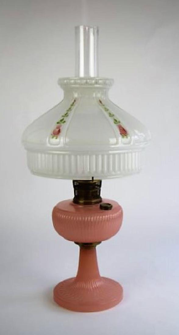 "ALADDIN PINK ""VERTIQUE"" OIL LAMP"