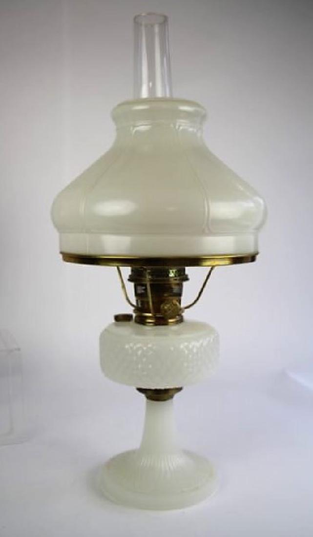 "ALADDIN WHITE ""DIAMOND QUILT"" OIL LAMP"