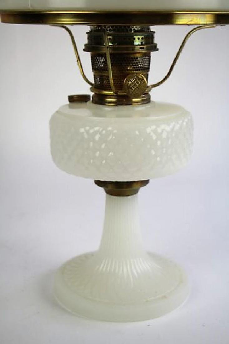 "ALADDIN WHITE ""DIAMOND QUILT"" OIL LAMP - 2"