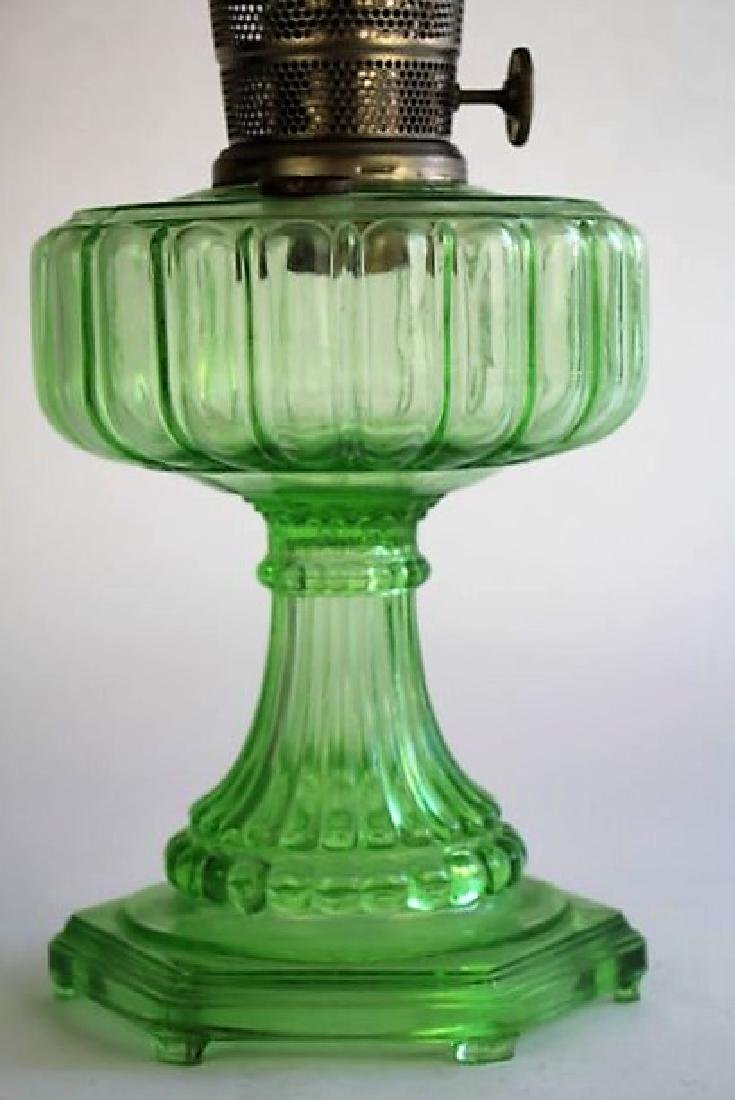 ALADDIN GREEN CATHEDRAL PATTERN OIL LAMP - 2