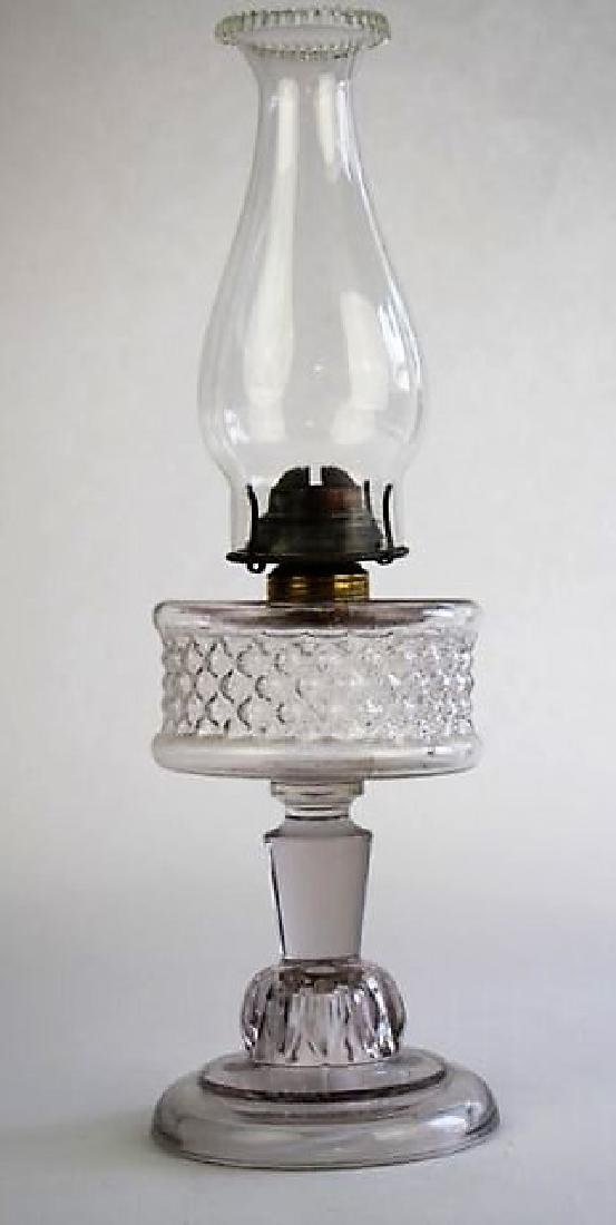 19TH CENTURY CLEAR GLASS OIL LAMP