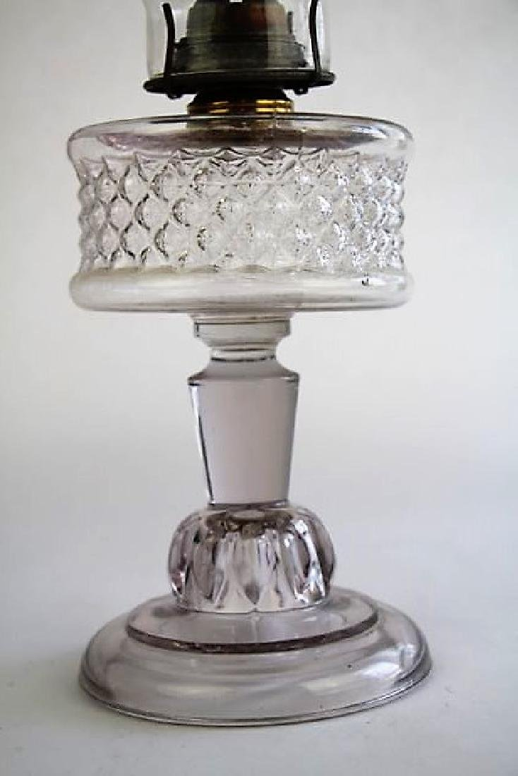19TH CENTURY CLEAR GLASS OIL LAMP - 2