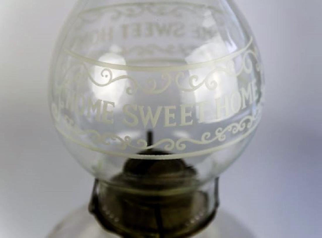 19TH CENTURY OIL LAMP - 3