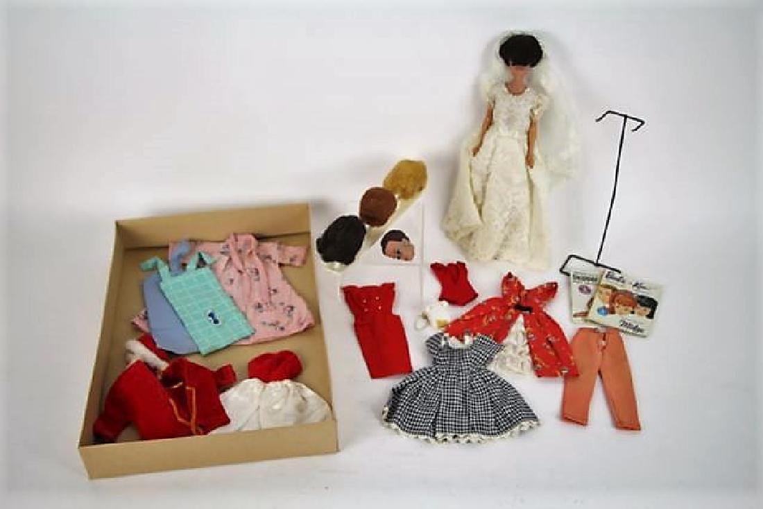 1958 BUBBLE CUT BARBIE WITH EXTRAS