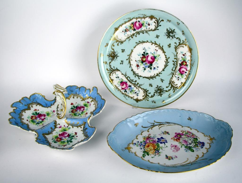THREE PIECES OF LIMOGES HAND PAINTED PORCELAIN