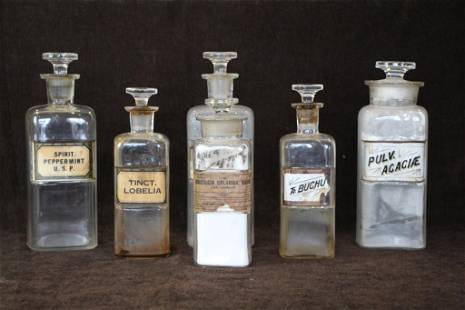 LOT OF APOTHECARY JARS