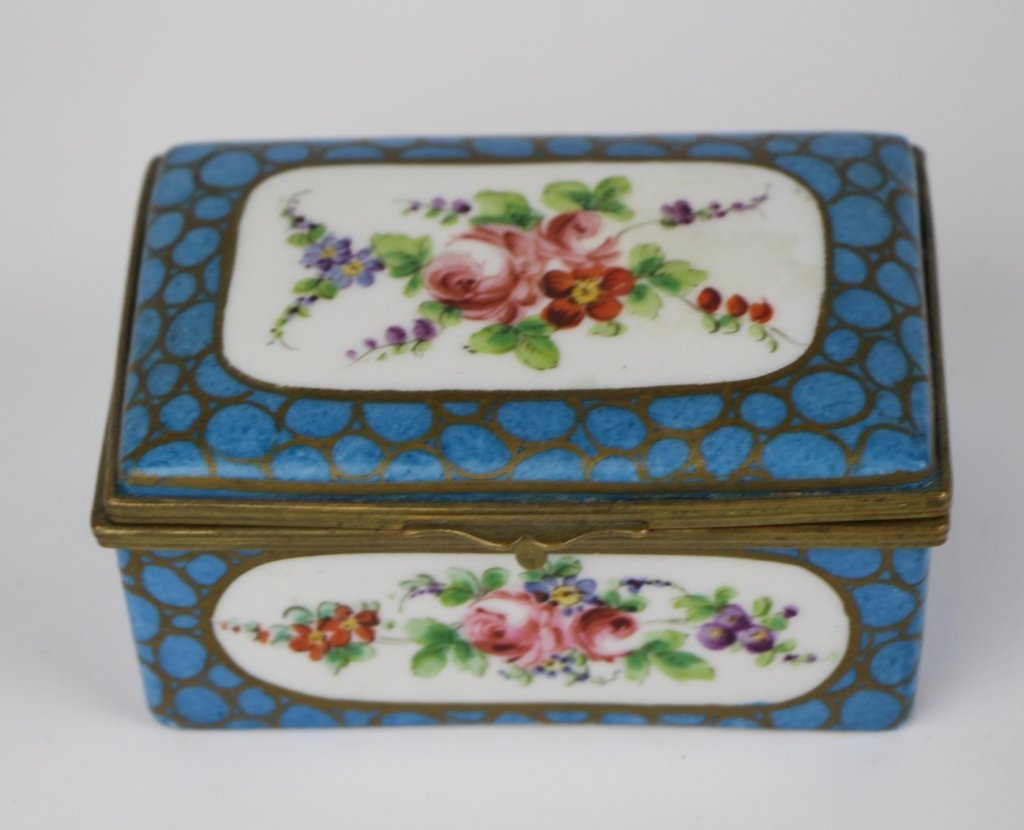 FRENCH PORCELAIN AND BRONZE DRESSER BOX