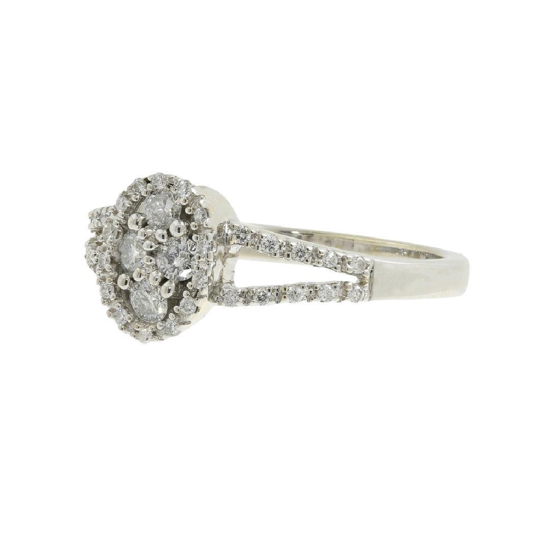 Charming Classic Estate 14K White Gold Ladies Diamond