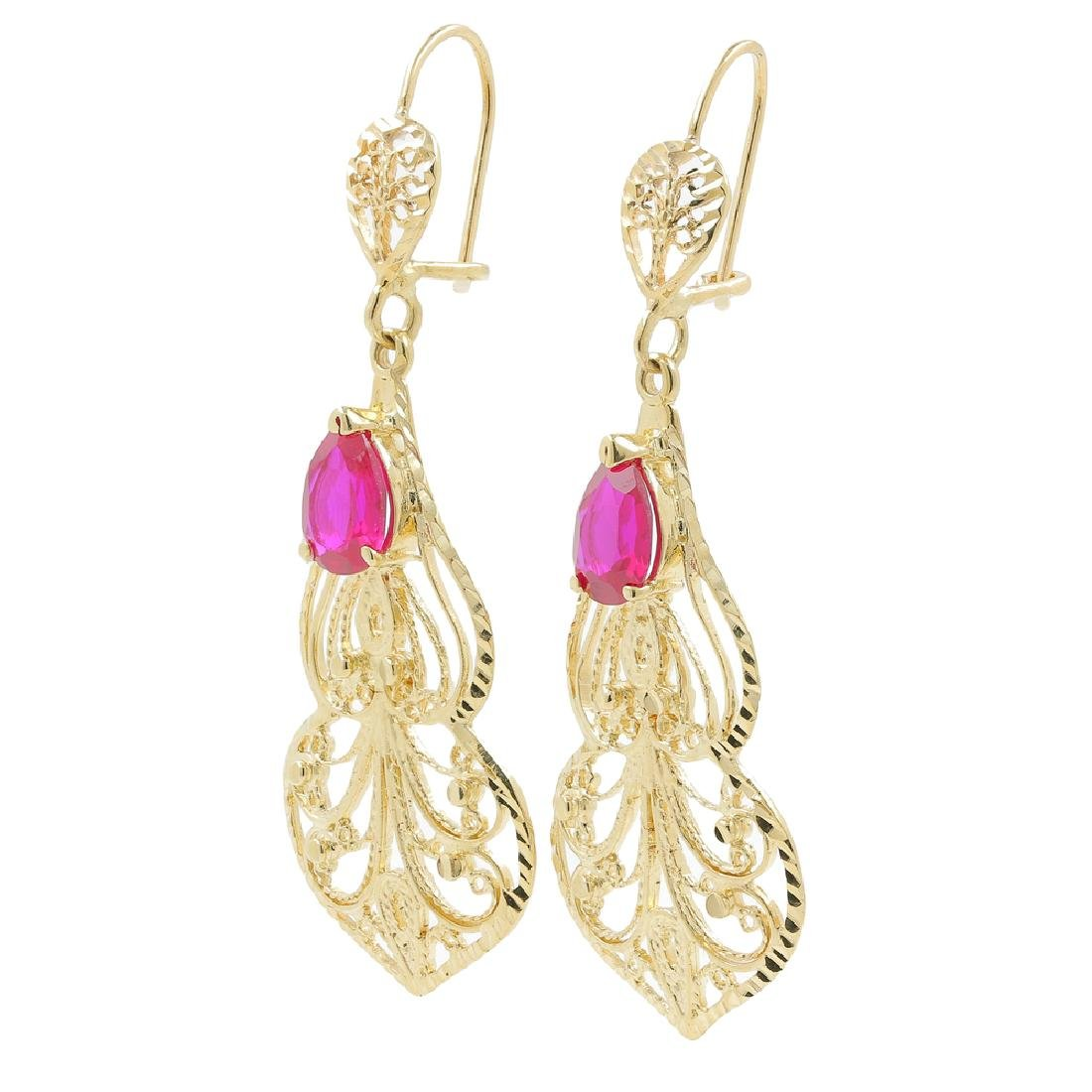 Ladies Vintage Estate 14K Yellow Gold Red Ruby Pear Cut