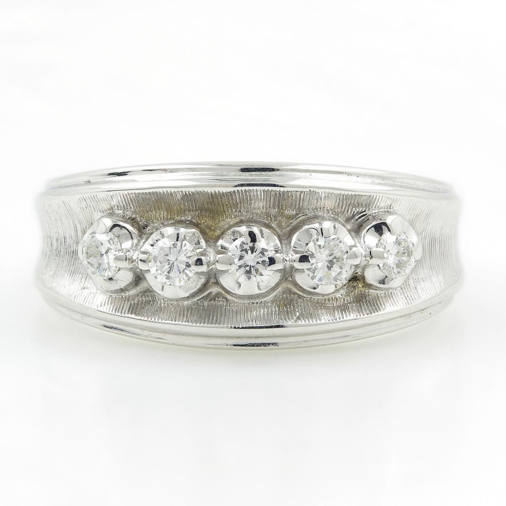 Vintage Classic Estate 14K White Gold Diamond Ring -