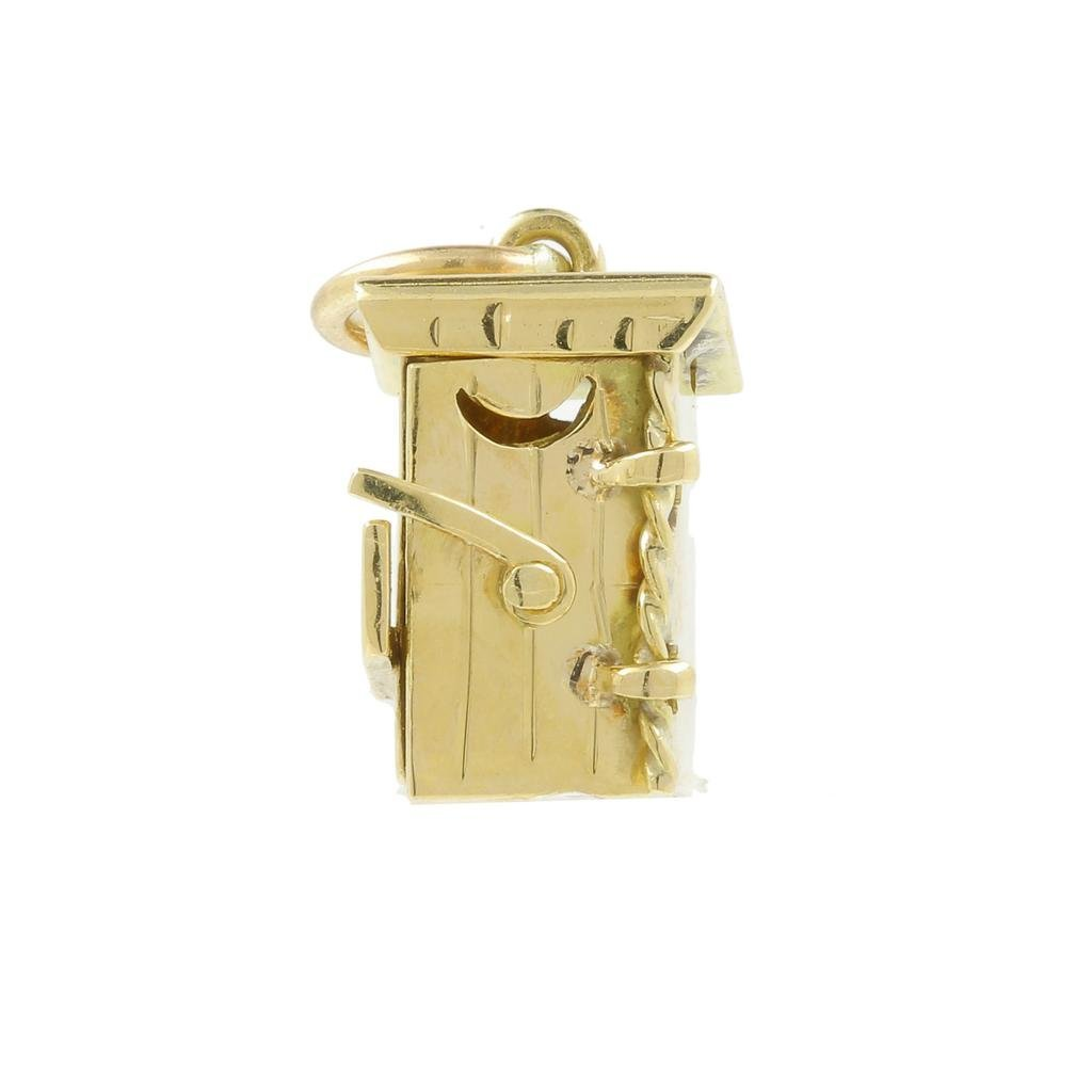 Estate 14K Yellow Gold Detailed 18MM 3D Outhouse Charm