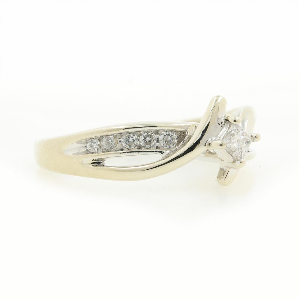 Vintage Classic Estate 10K White Gold Ladies Diamond - 2