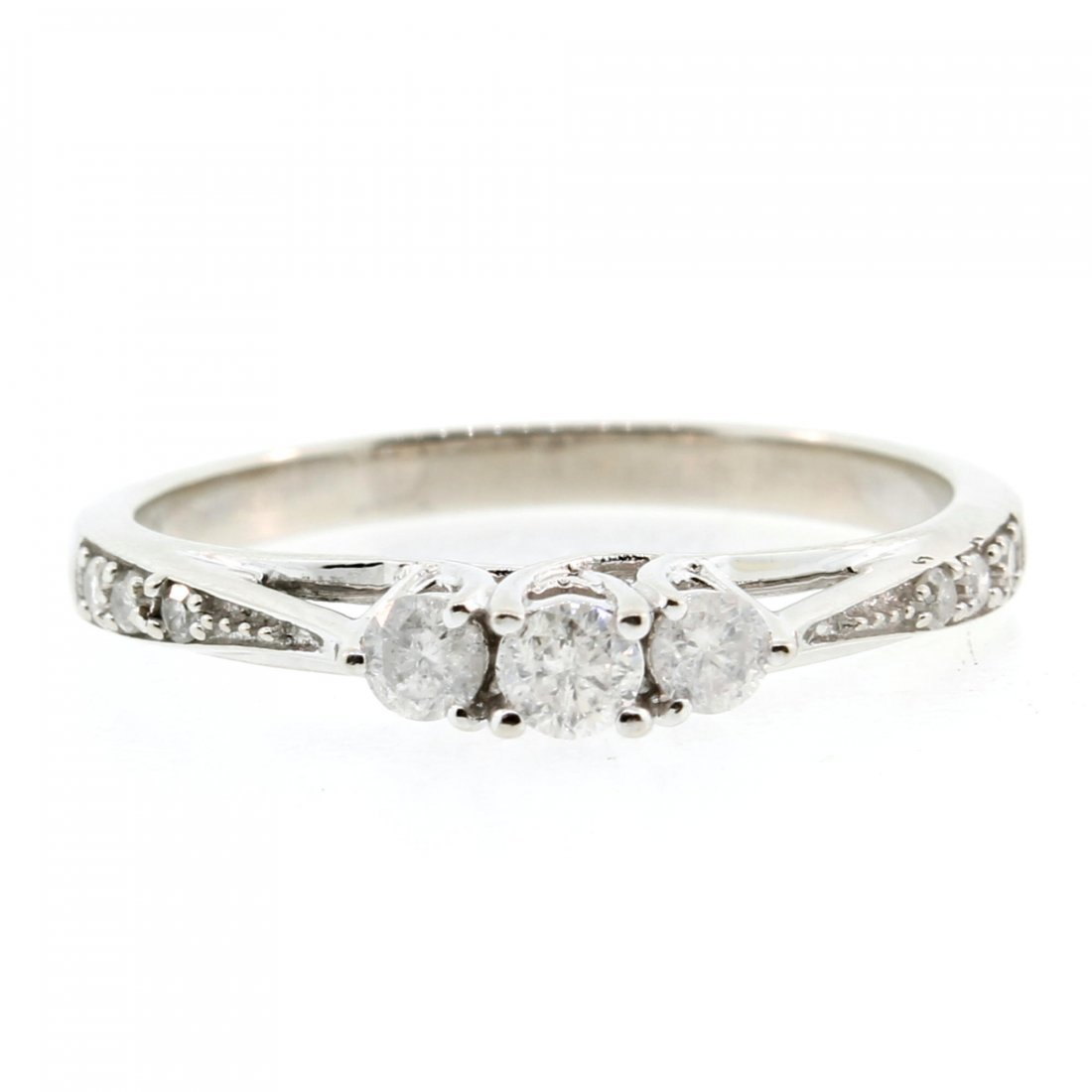 Vintage Estate 10K White Gold Three Stone Diamond