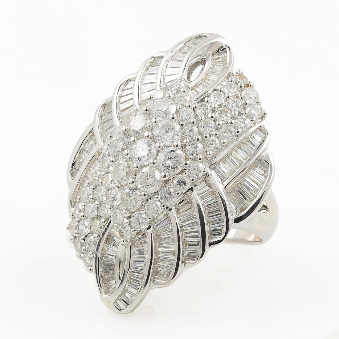 Exquisite Modern 14K White Gold Diamond 4.80CTW Ladies
