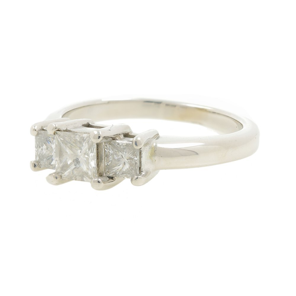 Modern Ladies 14K Gold Three Stone Princess Cut Diamond