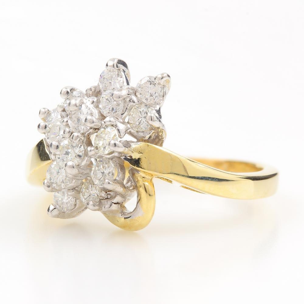 Vintage Classic Estate 14K Yellow Gold Ladies Diamond