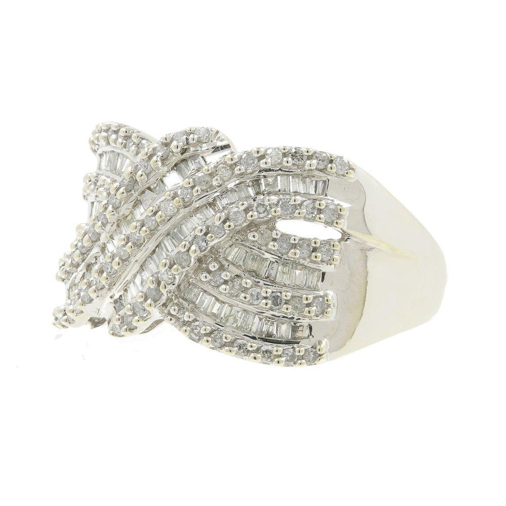 Vintage Classic Estate Ladies 10K White Gold Diamond