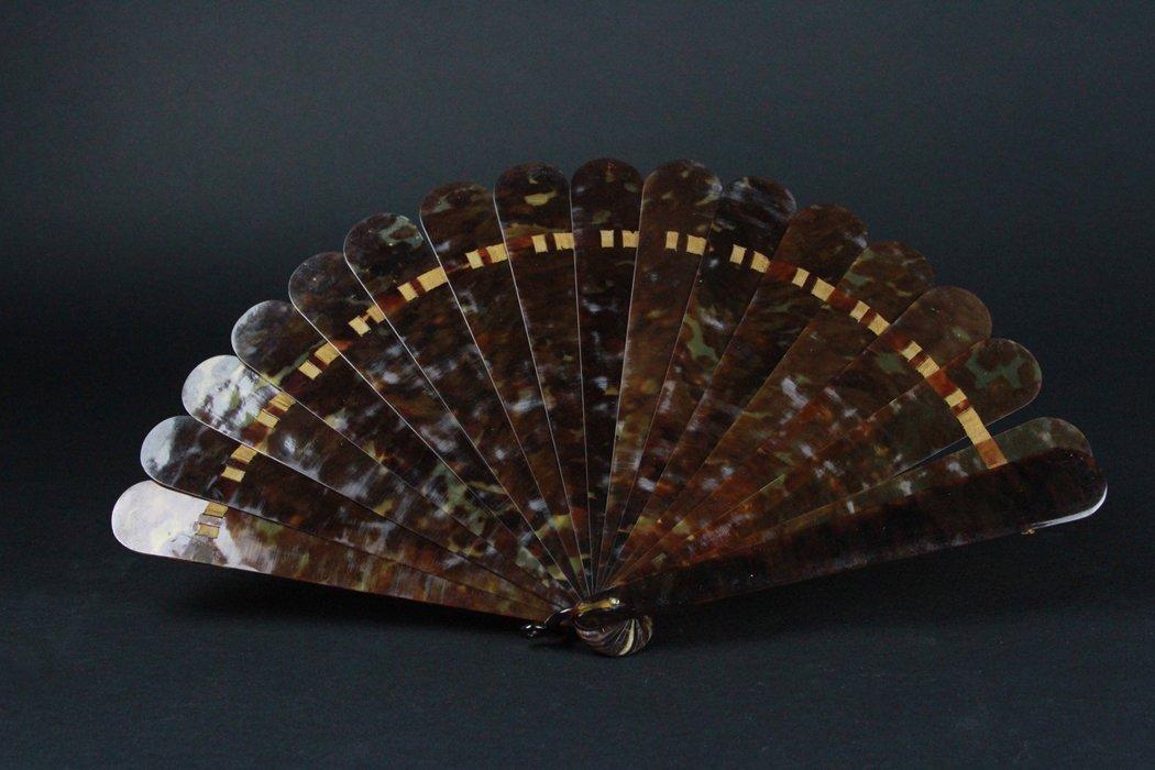 Chinese Tortoise Shell Fan - 3