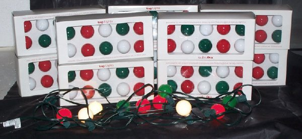 102: Red, Green & White Light Sets, 11 boxes