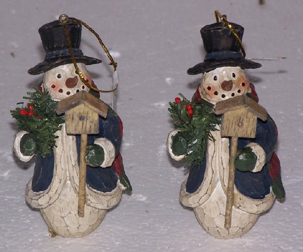 104: Snowman w/ Birdhouse Ornaments, Qty 63