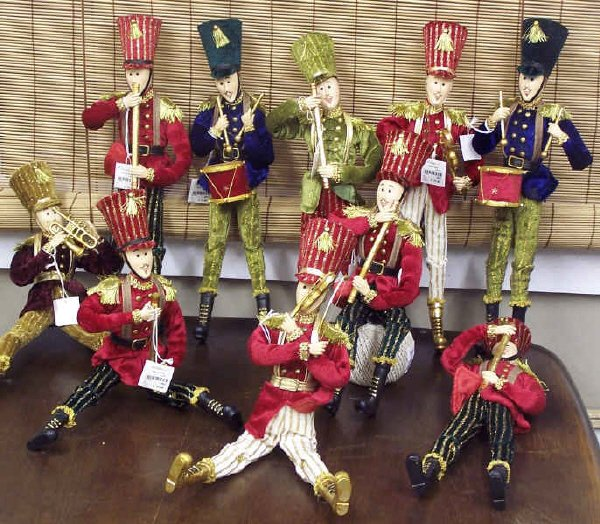 120: Toy Soldier Band Dolls