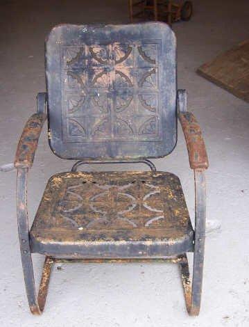 13: Rusty Metal Lawn Chair