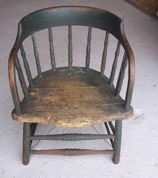14: Saloon Chair