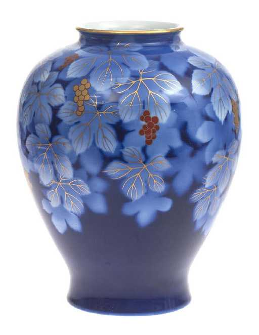 Porcelain Vase By Fukagawa Japan C 1940