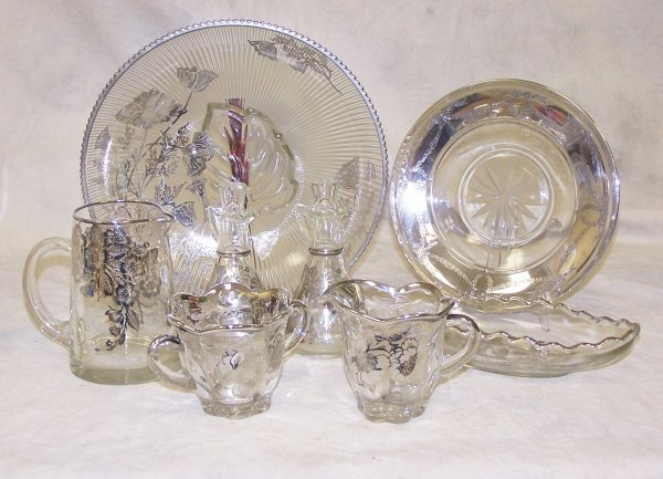 1013: Assorted lot of sterling silver overlay glass ser