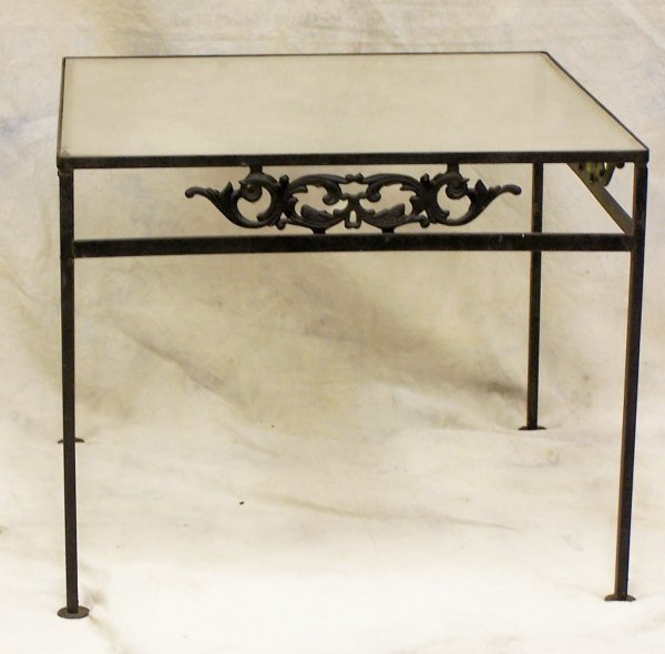 505: Wrought Iron outdoor end table