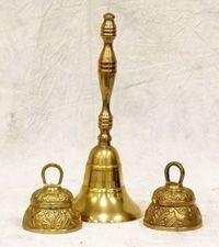 522: Lot of brass bells